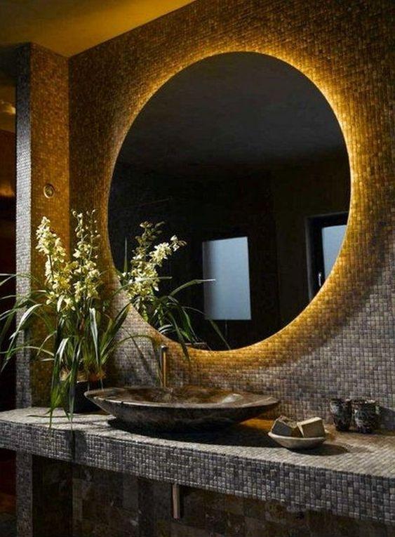 Ce oglindă alegem pentru baie?