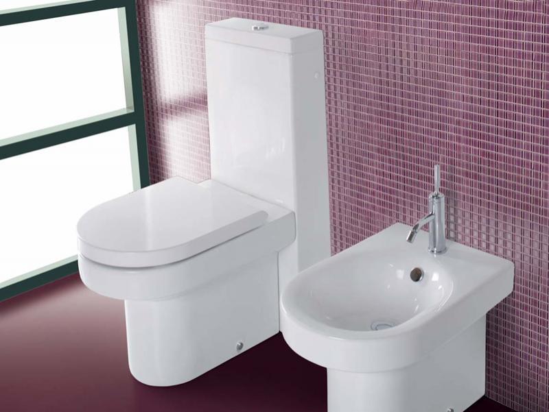 Vas WC cu rezervor monolith